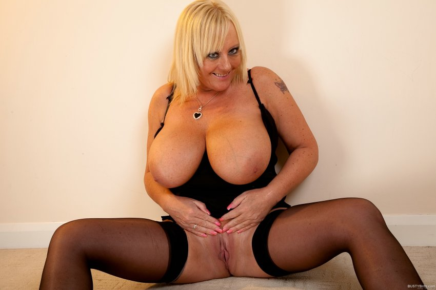 Wendy Busty Mature Tube8 Com 1