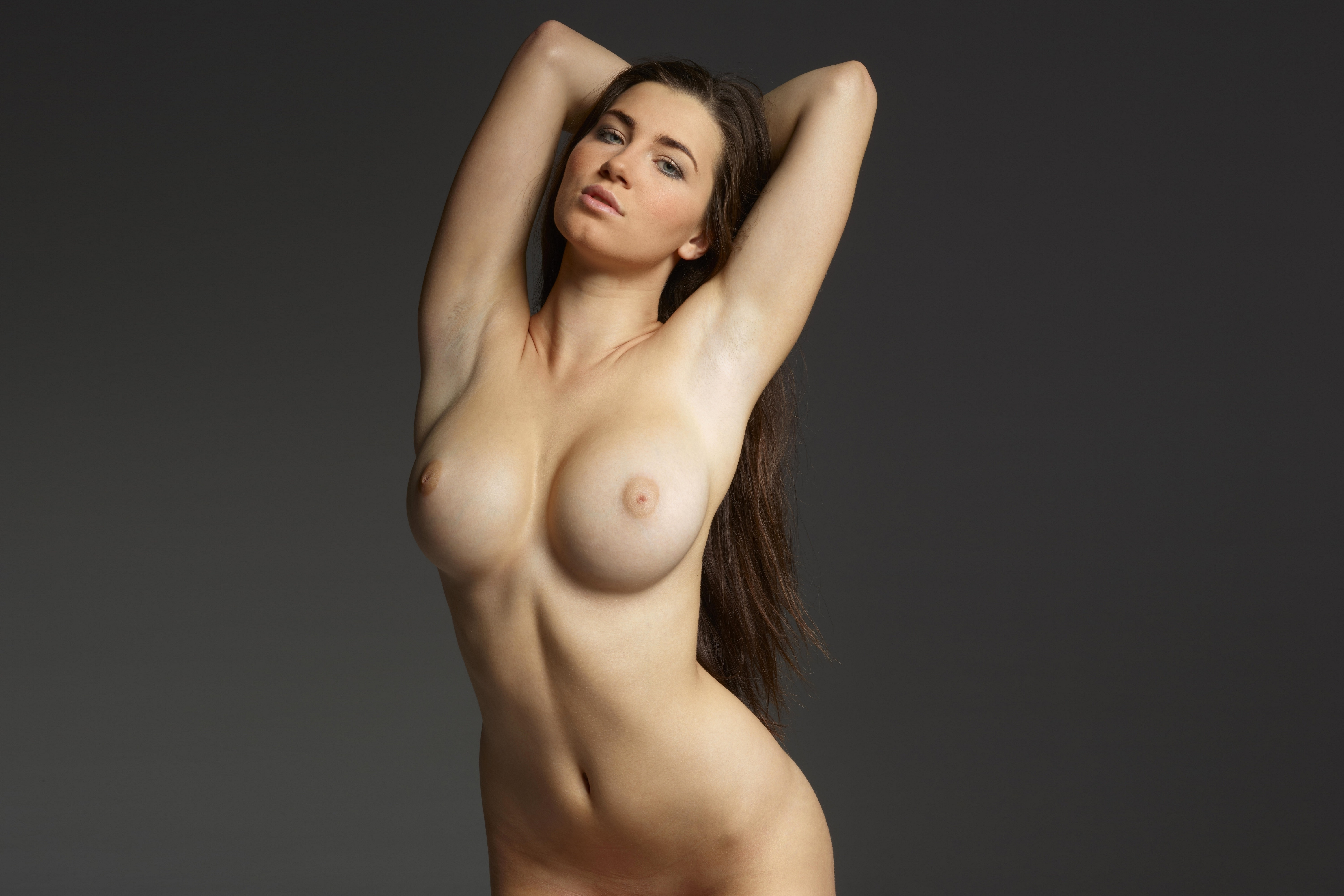 Naked photos of girl