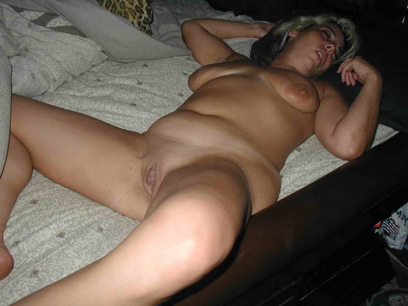 Passed out sex woman