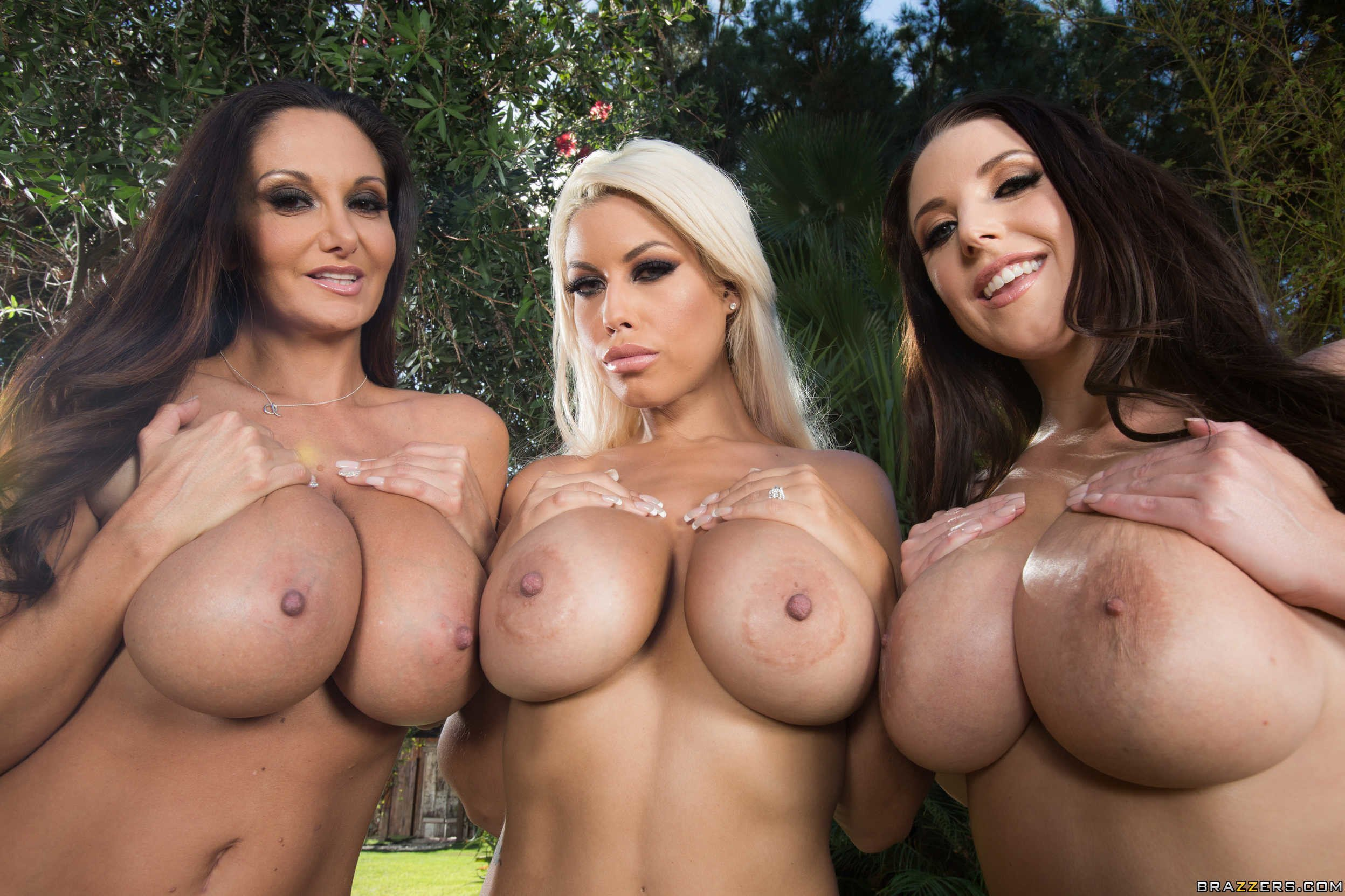 Group milf boobs