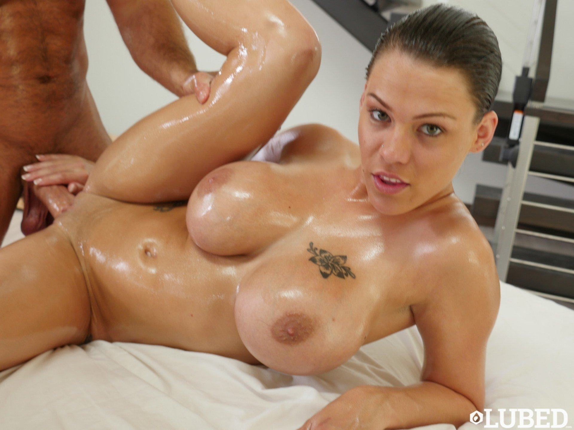 Oiled big tits youporn