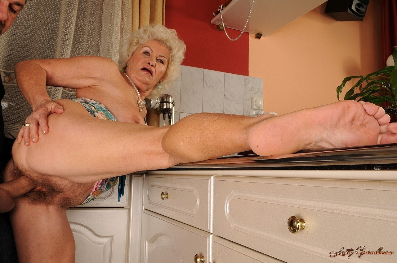 Granny old pussy free films