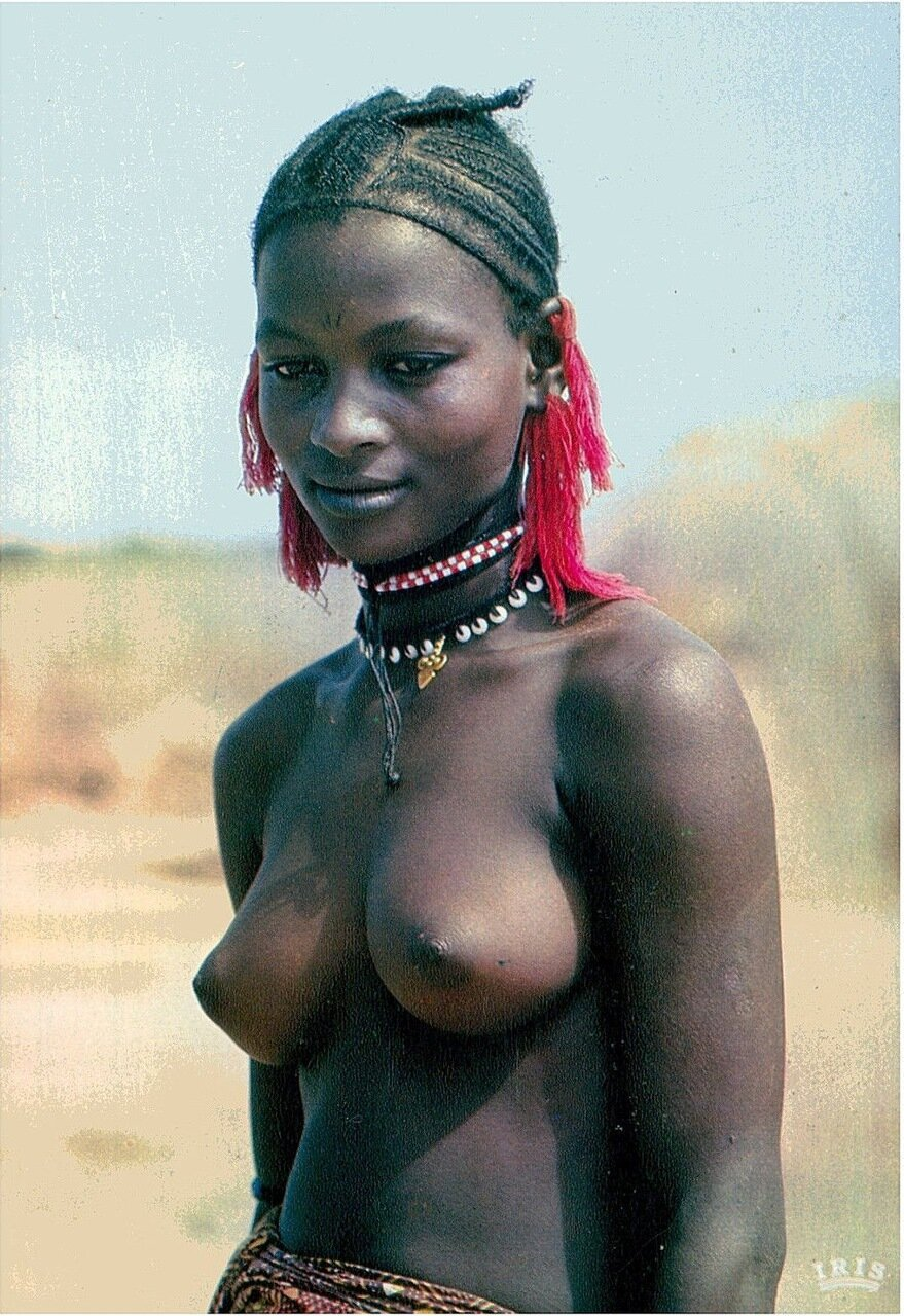 African tittys nude — photo 9