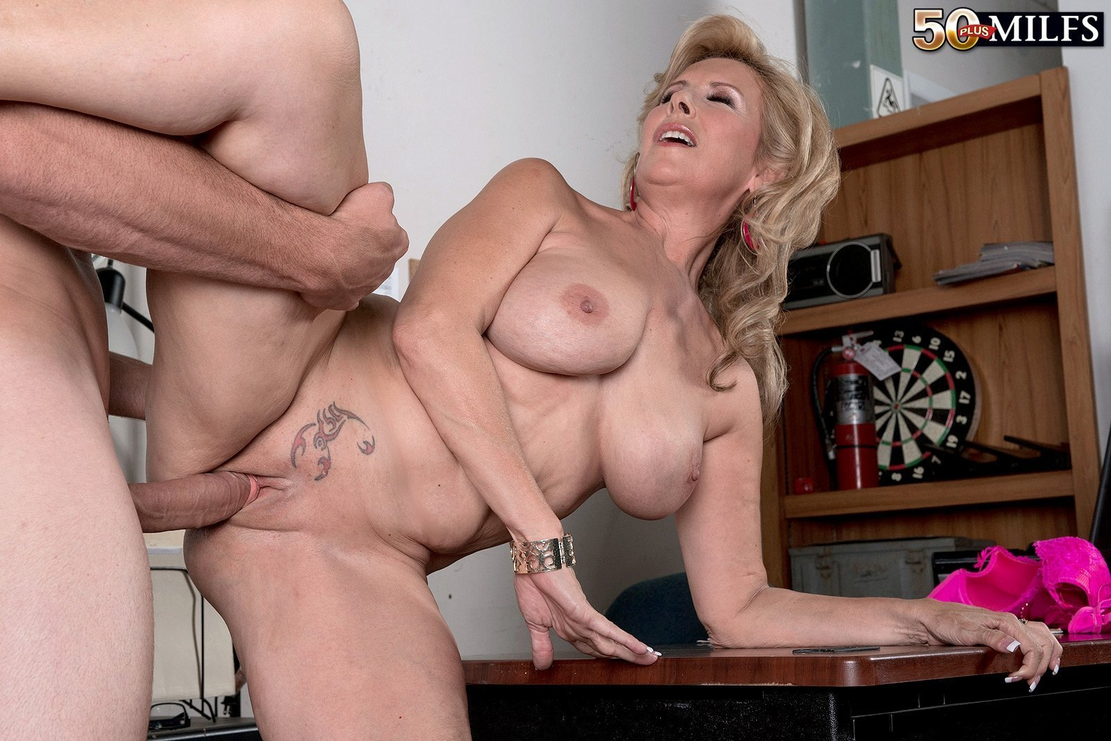 Adult mature video usa