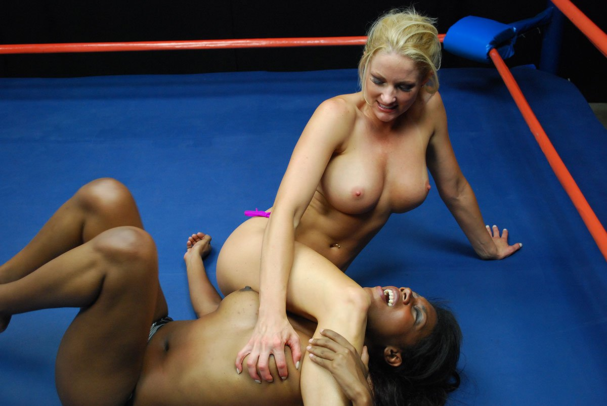 Wwe Diva Victoria Nude Photos And Sex Tape Photo Leaked