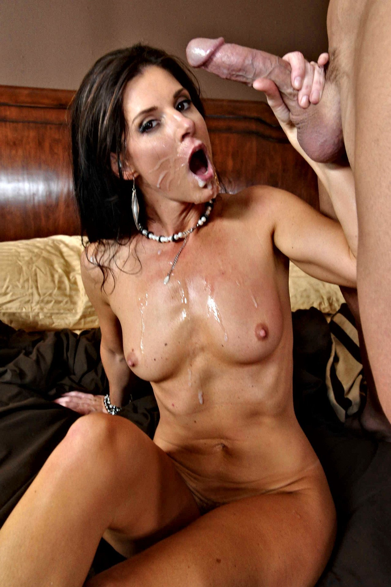 Hot milf moans loud and orgasms